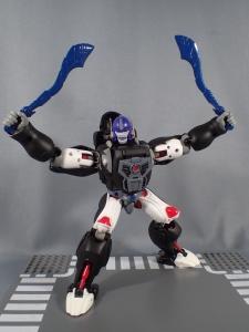 トランスフォーマー マスターピース MP38 コンボイ (BW) 伝説の総司令官Ver ロボットモード (30)