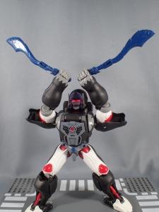 トランスフォーマー マスターピース MP38 コンボイ (BW) 伝説の総司令官Ver ロボットモード (31)