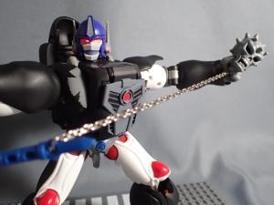 トランスフォーマー マスターピース MP38 コンボイ (BW) 伝説の総司令官Ver ロボットモード (42)