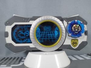 トミカ ハイパーレスキュー ドライブヘッド01 MKII サイクロンインターセプターを比較して遊ぼう (3)
