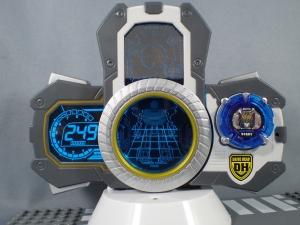 トミカ ハイパーレスキュー ドライブヘッド01 MKII サイクロンインターセプターを比較して遊ぼう (4)