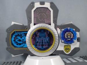 トミカ ハイパーレスキュー ドライブヘッド01 MKII サイクロンインターセプターを比較して遊ぼう (5)