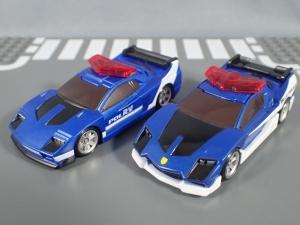 トミカ ハイパーレスキュー ドライブヘッド01 MKII サイクロンインターセプターを比較して遊ぼう (14)