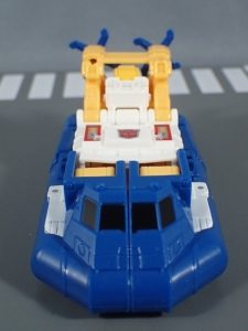 Transformers Generations Titans Return Legends Class Seaspray (7)