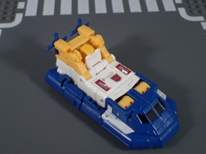 Transformers Generations Titans Return Legends Class Seaspray (9)