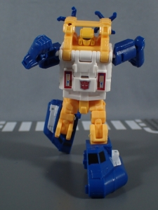 Transformers Generations Titans Return Legends Class Seaspray (29)