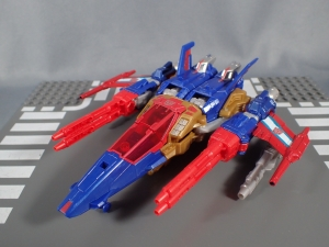 Transformers Titans Return Siege on Cybertron BBTS Exclusive Deluxe Class Metalhawk (6)