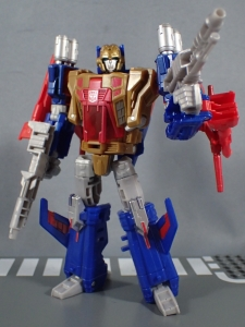 Transformers Titans Return Siege on Cybertron BBTS Exclusive Deluxe Class Metalhawk (23)
