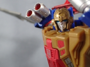 Transformers Titans Return Siege on Cybertron BBTS Exclusive Deluxe Class Metalhawk (41)
