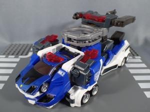 トミカ ハイパーレスキュー ドライブヘッド01 MKII サイクロンインターセプターを比較して遊ぼう (54