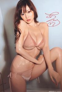 sugihara_anri_g060.jpg