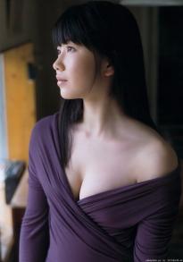 yokoyama_yui_g035.jpg