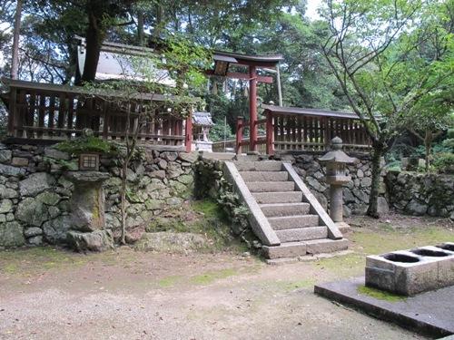 石山笠取 (216)