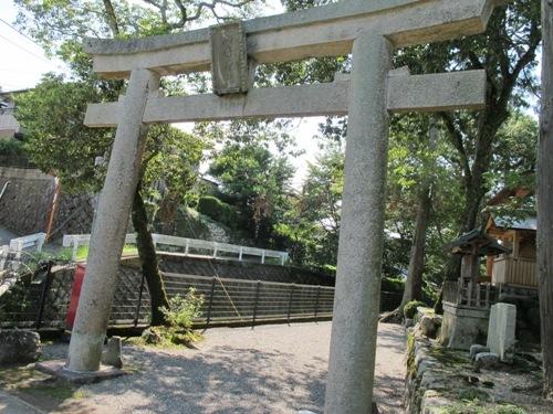 石山笠取 (257)