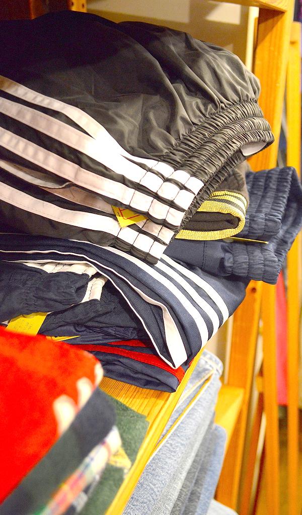 古着屋カチカチ店内画像@Used Clothing Shop Tokyo01