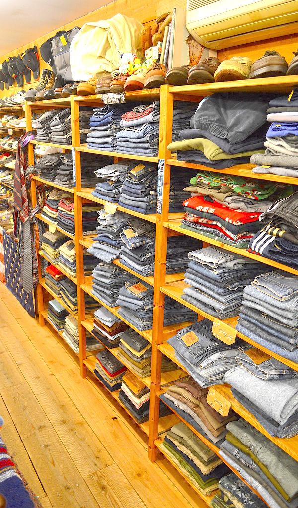 古着屋カチカチ店内画像@Used Clothing Shop Tokyo05
