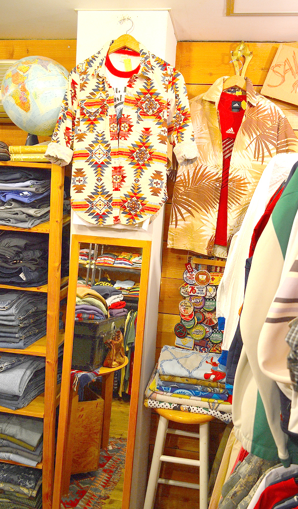 古着屋カチカチ店内画像@Used Clothing Shop Tokyo07