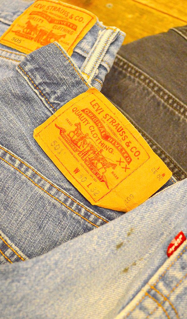 リーバイスLevisジーンズ画像デニムパンツコーデ@古着屋カチカチ024
