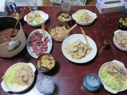 タケノコご飯とタケノコ味噌汁