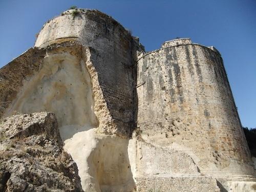 コローニ_海側から見た城壁 (3)