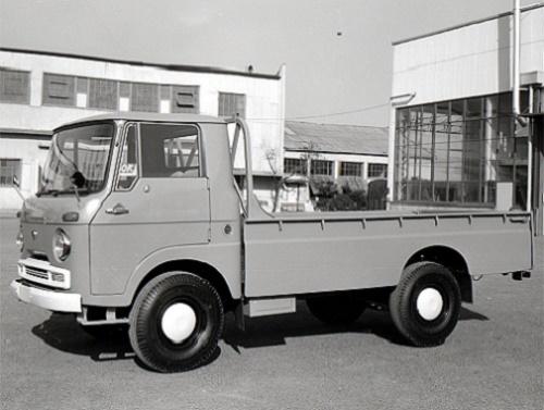 第99記事1960エルフTL151型トラック