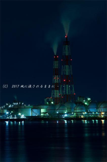 大阪・築港浜寺西町から見た堺泉北臨海工業地帯の工場夜景1