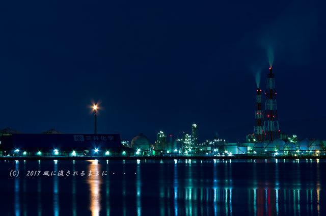 大阪・築港浜寺西町から見た堺泉北臨海工業地帯の工場夜景3