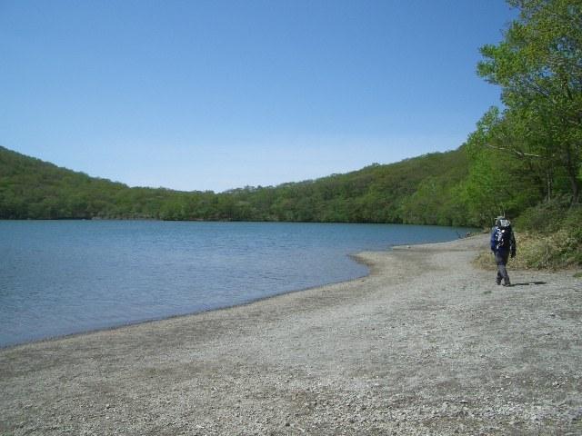 小沼湖畔を