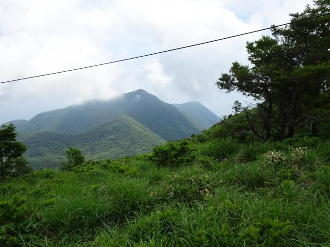 荒山と鍋割山