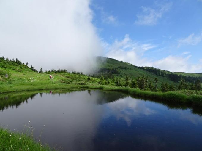 駒の大池から会津駒ヶ岳