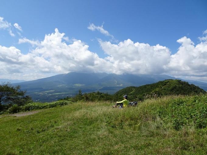 丘の上でランチタイム