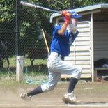 5回表、先頭の伊藤永が内野安打で出塁