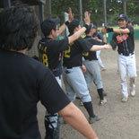 6回裏、鎌田がソロ本塁打を放つ