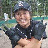 8回裏、鎌田が2打席連続の本塁打を放つ