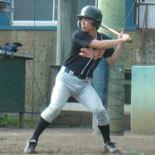 7回表、安田が内野安打を放ち無死一・二塁