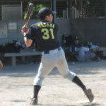 7回裏、先頭の安田が安打で出塁