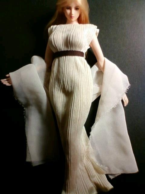 greece_dress_a.jpg