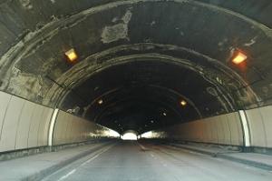 長の木トンネル1