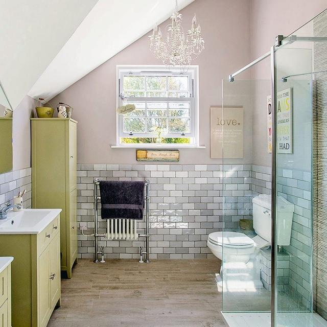 Lunt-House-Bathroom-Shower-920x920.jpg