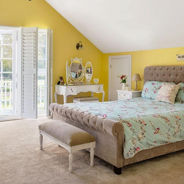 Lunt-House-Bedroom-920x920.jpg