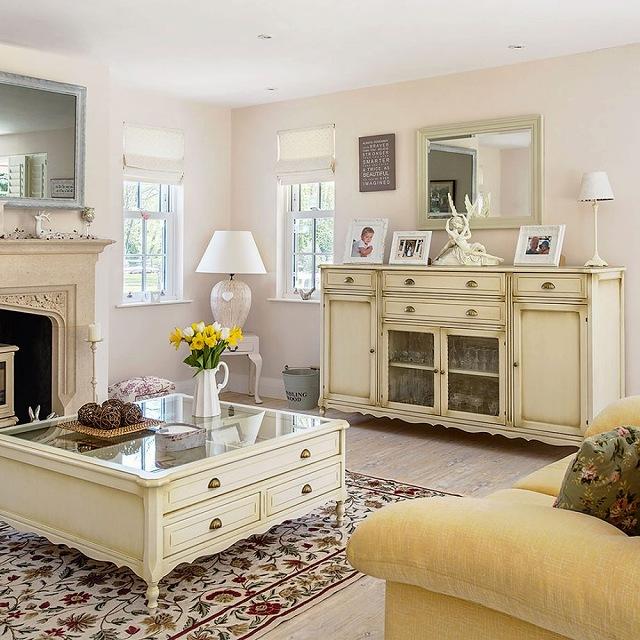 Lunt-House-Living-Room-920x920.jpg