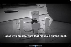 【夏休みの自由研究】小学生の夏休みの宿題で二足歩行ロボットを自作!世界初の人工知能技術。人間を笑わせるアルゴリズムを備えたロボットを製作♪