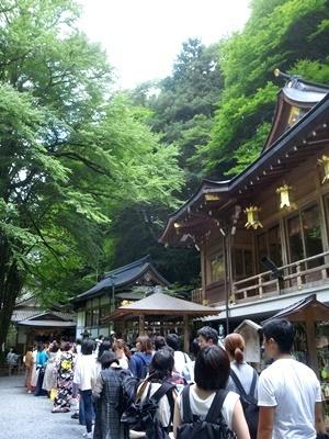 貴船神社の行列1708