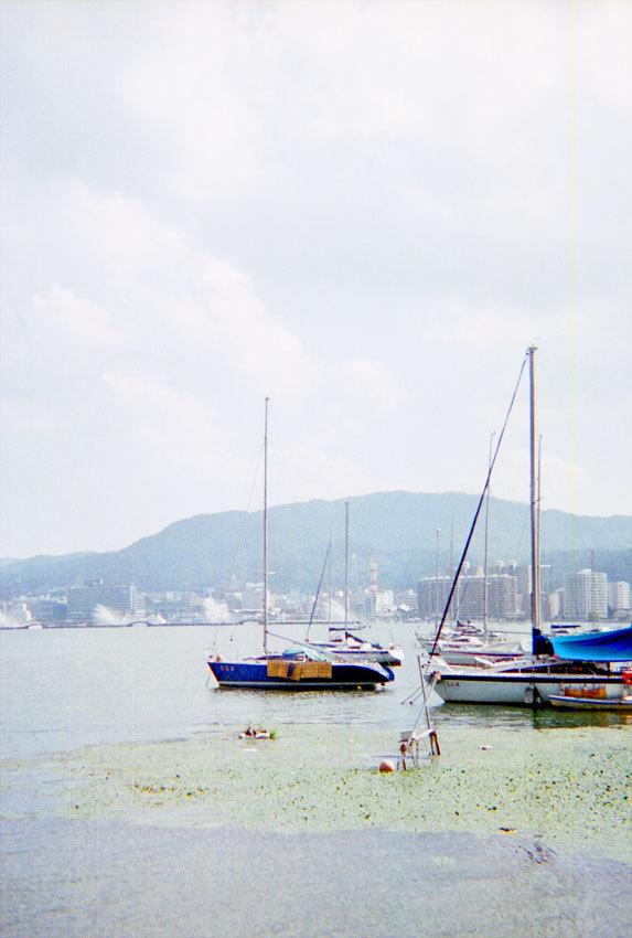 夏ののどかなヨット