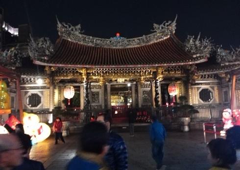 7 龍山寺