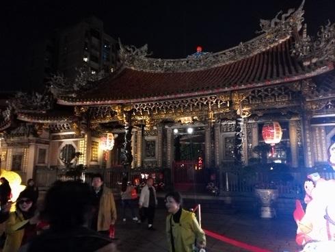 9 龍山寺