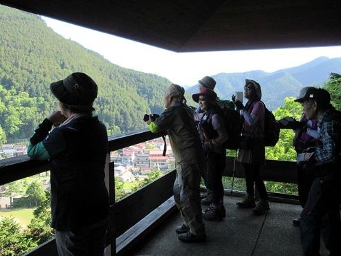 15 洞川展望台の展望
