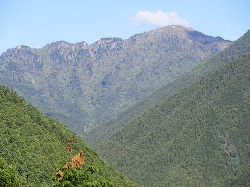 17 山上ケ岳の遠望