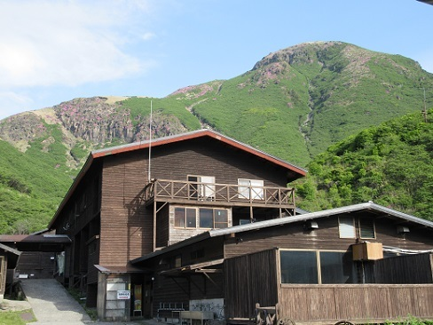 3 法華院温泉山荘