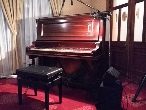 8 アインシュタインの弾いたピアノ
